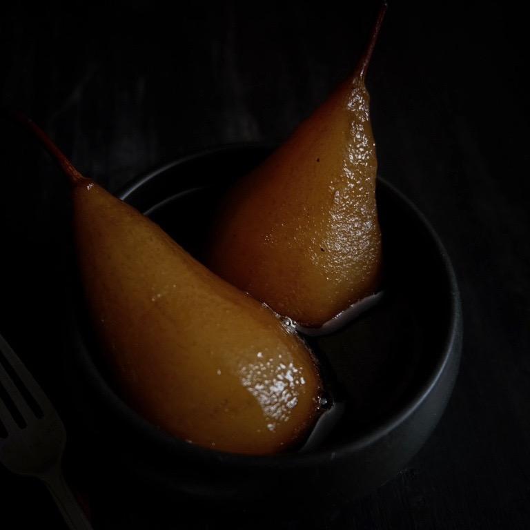Poires Pochées, Thé Noir & Cannelle