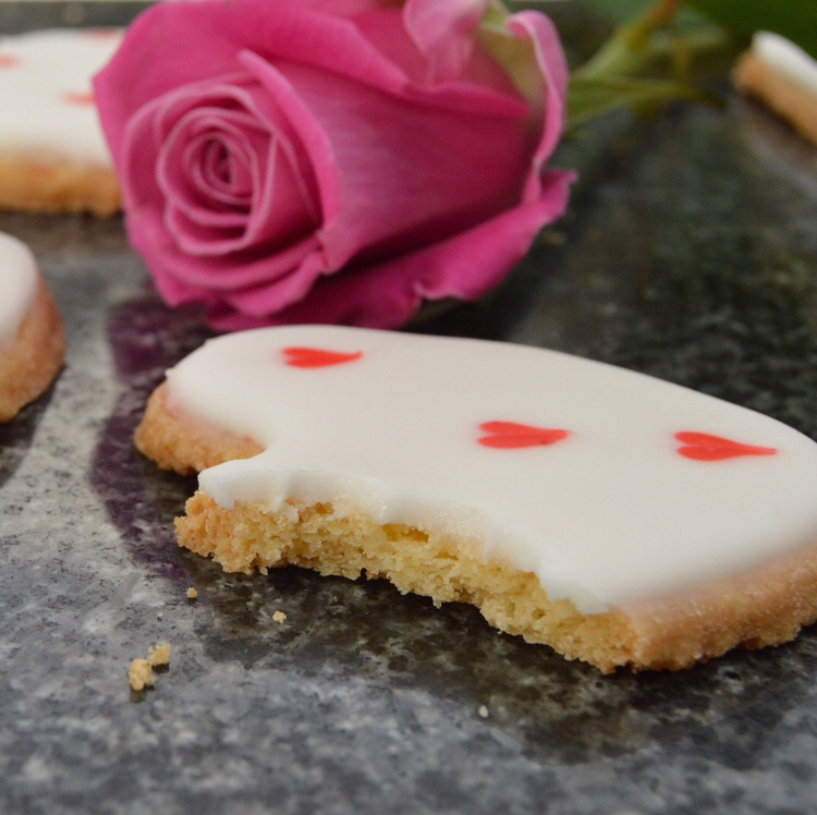Lemon & Honey Valentine ❤️✨ Shortbreads (🇬🇧)